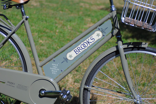 Brooks '2-Wheel Display' | by Lovely Bicycle!