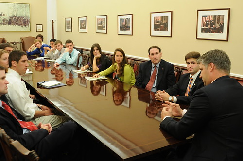 Inside Politics meets with Will Kinzel '96, Policy Adviser and Counsel to Speaker of the House John Boehner | by The Eisenhower Institute