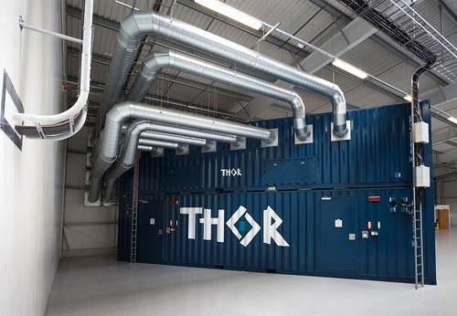 Ic Free Shipping >> Shipping Containters Inside Thor Data Center | The ...