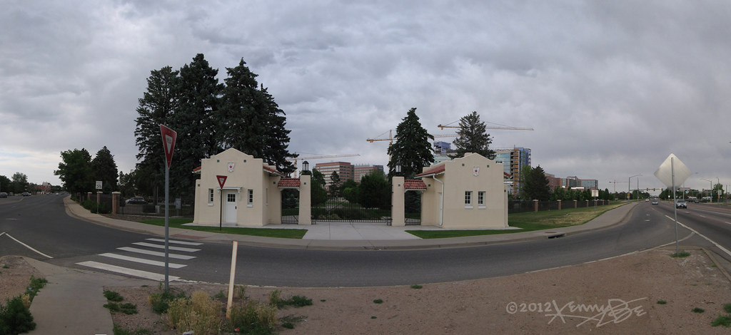 Fitzsimons Army Medical Center Old Entry Gates And New Con