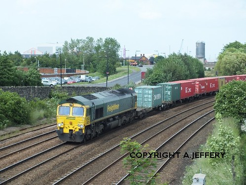 66543 works 4L79 Wilton - Felixstowe past Forty Foot Bridge, Middlesbrough - 28.06.12 | by 51C Monkey Madness