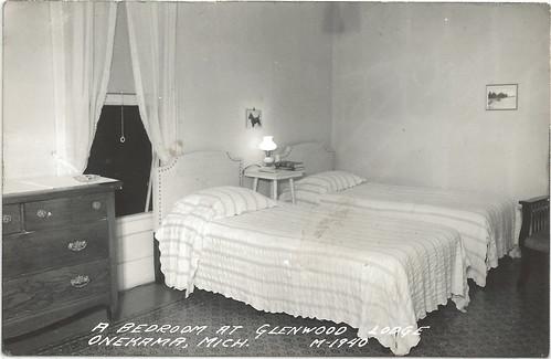 Spartan Room Decor