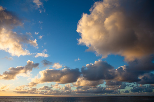 Memory of Hawaii: Sky and Clouds | by Junnn