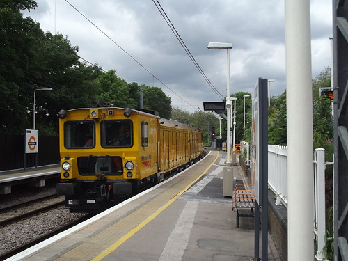 Rail Grinder at Gospel Oak | by -Causton-