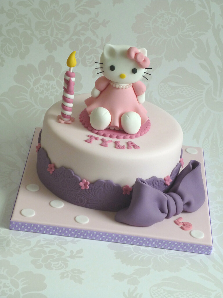 Hello Kitty Birthday Cake Birthday Cake For A Five Year