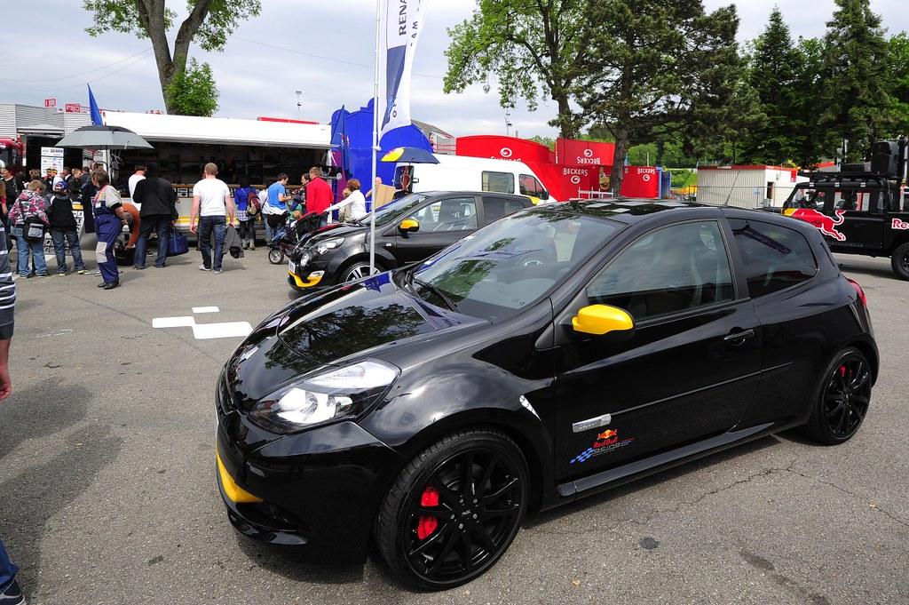 renault clio r s red bull rb7 limited edition to celebrat flickr. Black Bedroom Furniture Sets. Home Design Ideas