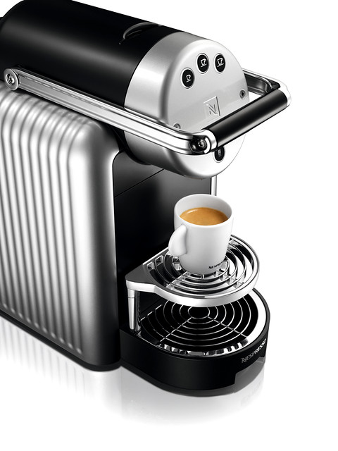 Nespresso zenius coffee machine flickr photo sharing for Meuble zenius nespresso