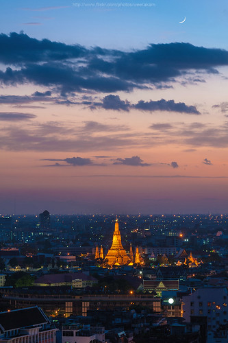 Wat Arun after sunset | by Weerakarn