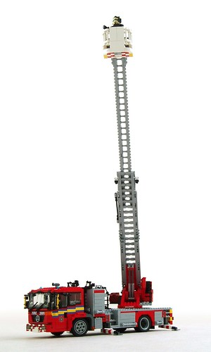 Mercedes Econic turntable ladder (1) | by Mad physicist