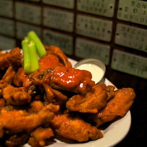 Foodspotting Wingtour Eatup with The Great Chicken Wing Hunt | by missmeng