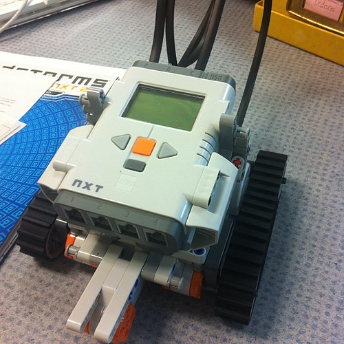 My first LEGO robot | by danahuff