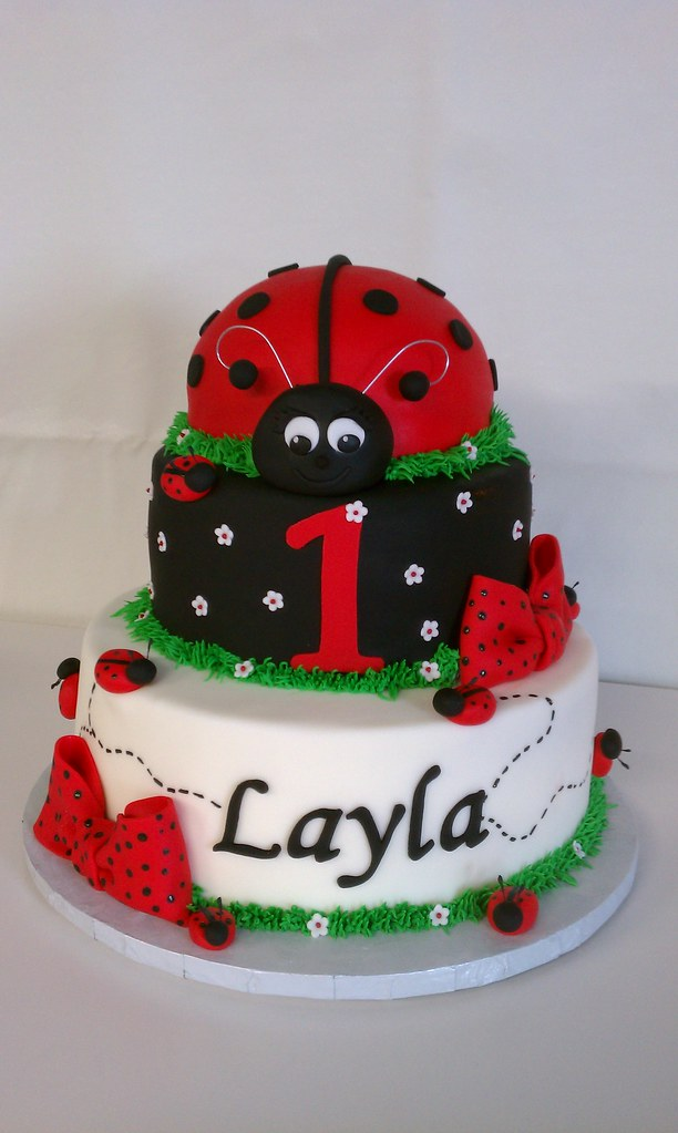 Layla s Ladybug First Birthday Cake Clarissa Lopez Flickr