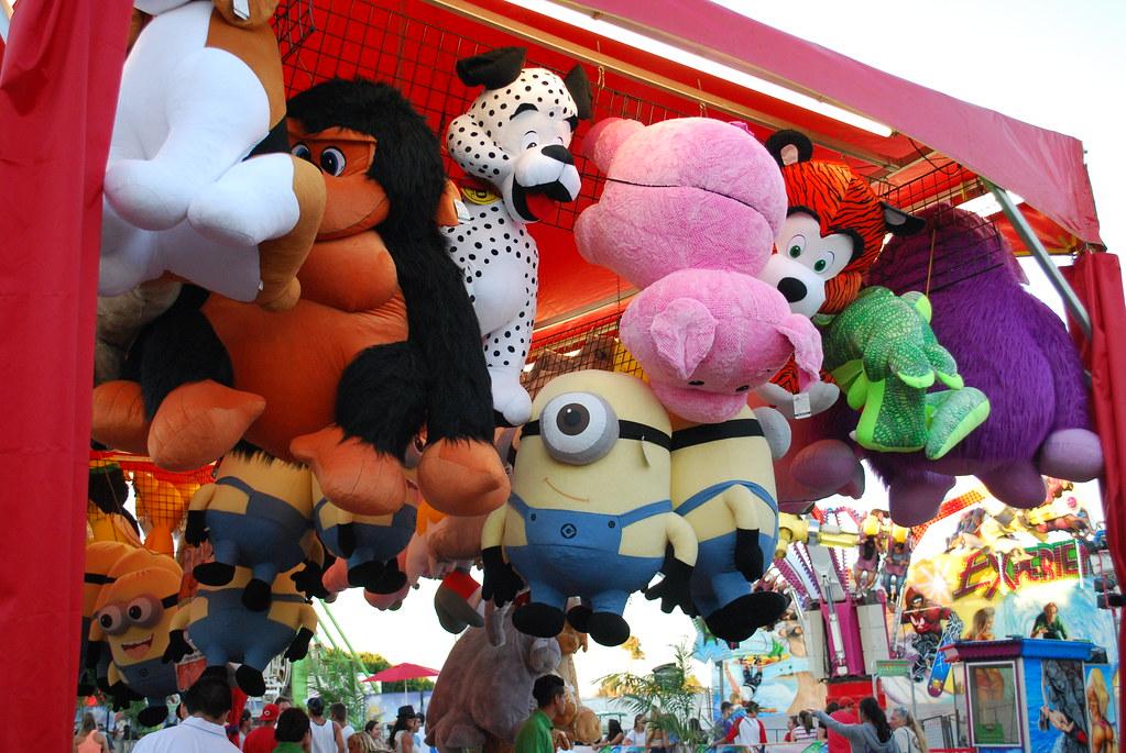 Minion Oc Fair 12 Ariana Shankasaurus Flickr