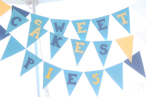 Custom Banner for your Display | by Sweet Lauren Cakes