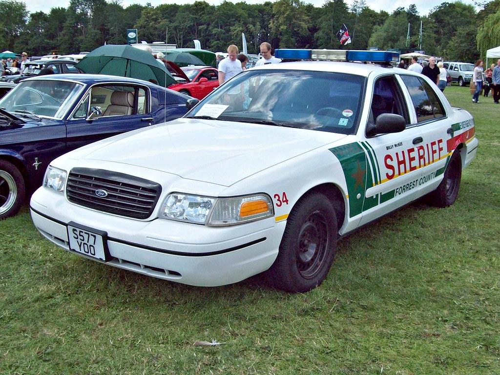 47 ford crown victoria police interceptor p71 1999 flickr. Black Bedroom Furniture Sets. Home Design Ideas