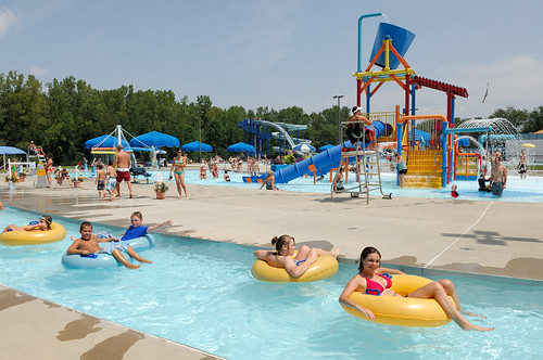 Heath city water park city water park in heath ohio mond flickr for Hampstead heath park swimming pool