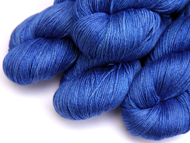 Brilliance 4 Ply – British BFL and silk hand-dyed yarn 'Sapphire'