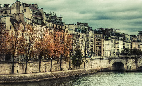 Autumn in Paris | by bestarns [www.spiritofdecay.com]