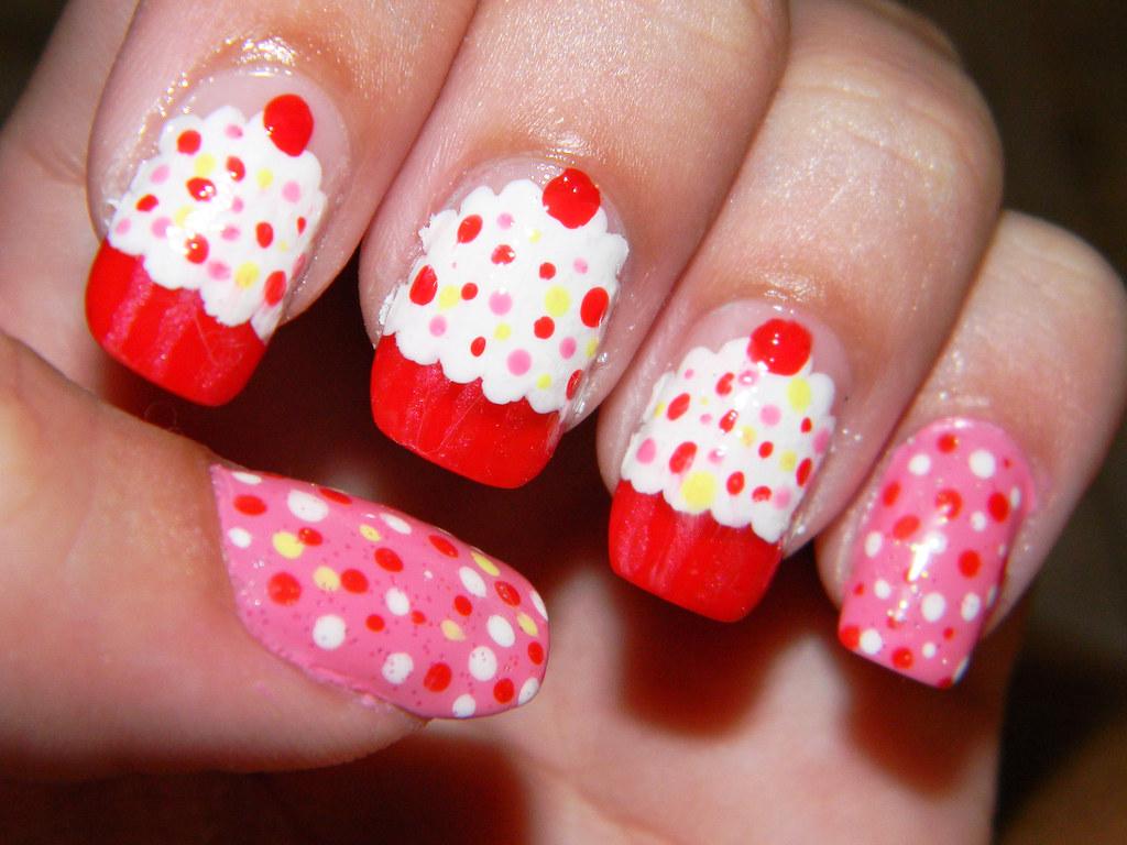 3d Cake Nail Art : Cup cake nail art Tumblr / We heart it Bruna Caixeiro ...