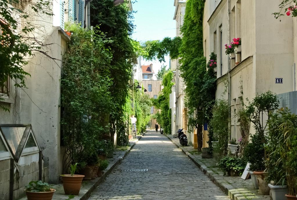 Rue des thermopyles paris 14 me et si on se promenait for Hotel des secrets paris