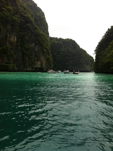 Phi Phi | by CX734