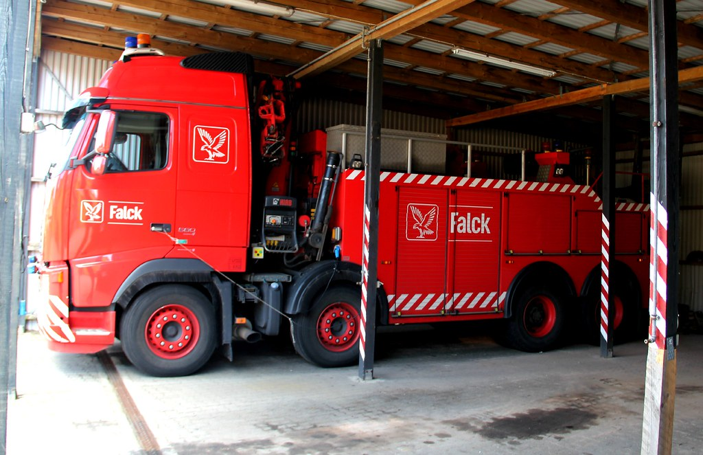 Volvo FH Tow truck Falck Toftlund | I visited Falck in Toftl… | Flickr
