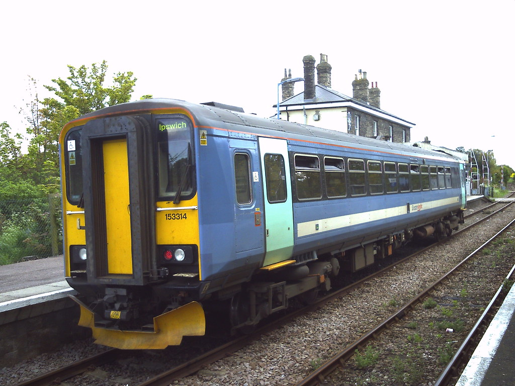 ... 153314 at saxmundham station | by APB Photography™