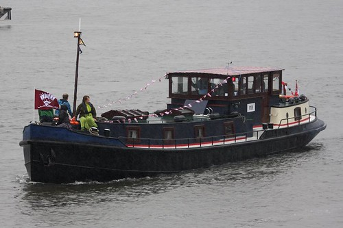 Thames Diamond Jubilee Pageant - Verbo | by growler2ndrow