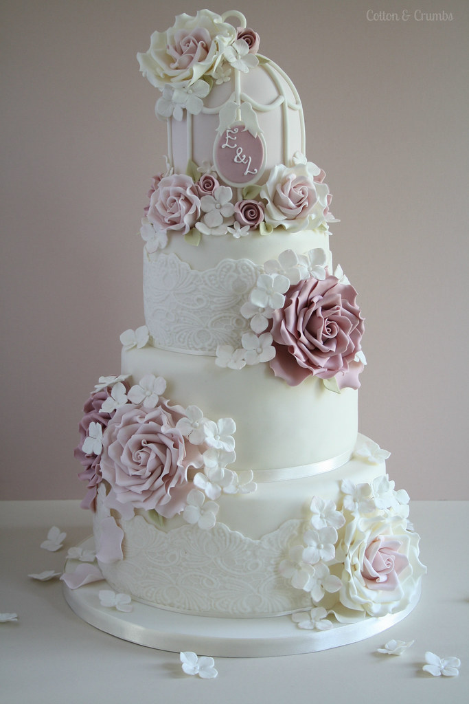 Cake Design Vintage : Esme s cake The lovely bride to be could not decide on ...