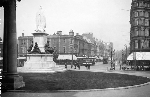 """Unidentified"" = City Hall, Donegall Square, Belfast 