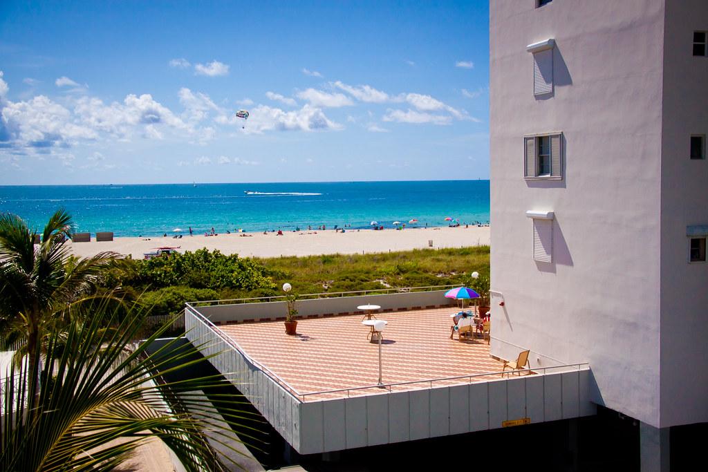 Savoy Hotel Miami Beach Day Pass