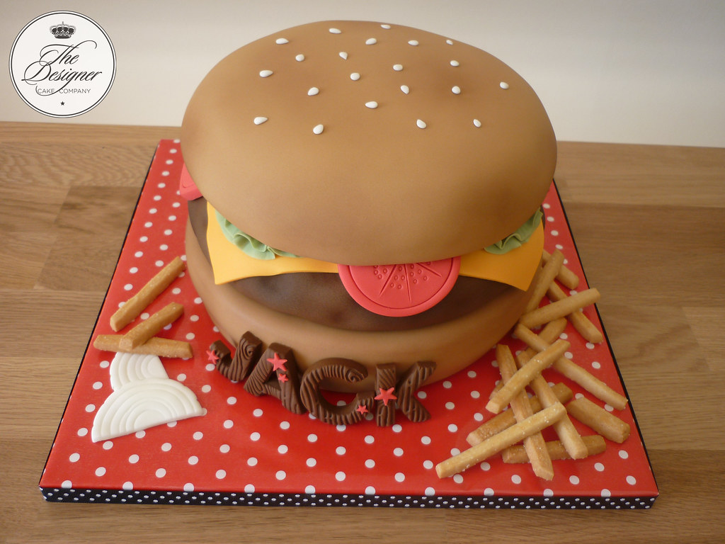 Cheeseburger Birthday Cake Burger And Bun Cake With Fondan Flickr