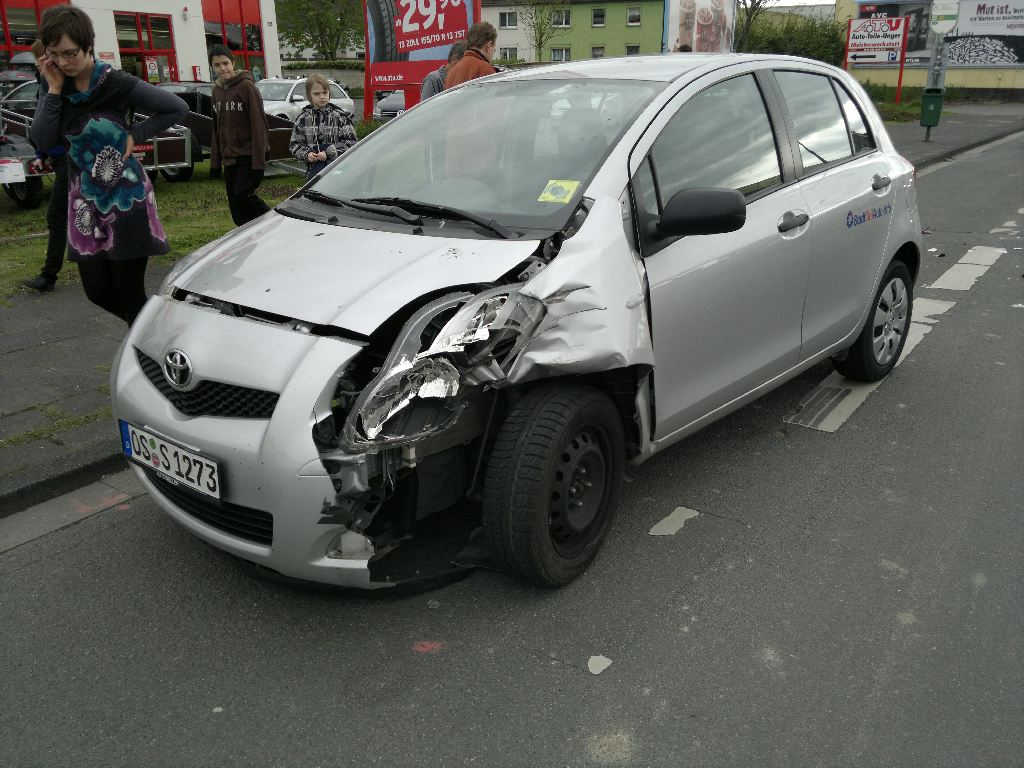 Toyota Yaris After A Crash Granada Uwe Flickr