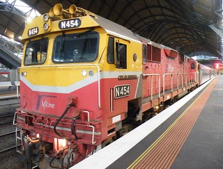VLine N Class Locomotive N454 City of Horsham Southern Cross Station | by denmac25