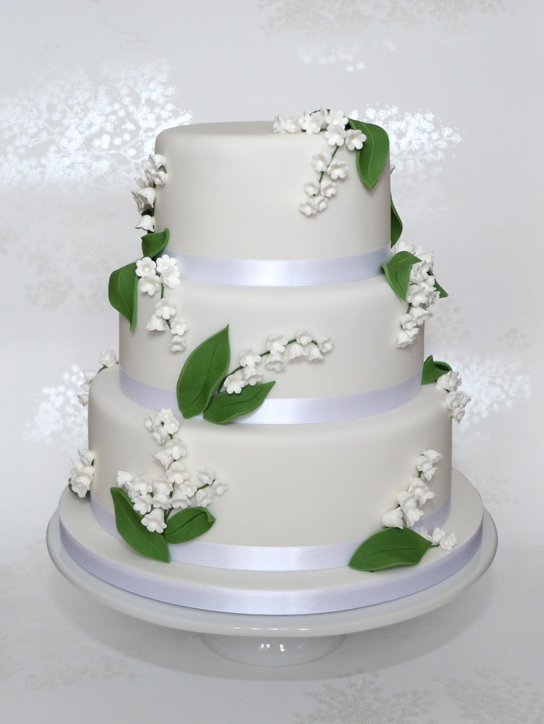 lily of the valley wedding cake toppers of the valley wedding cake a delicate of the 16888