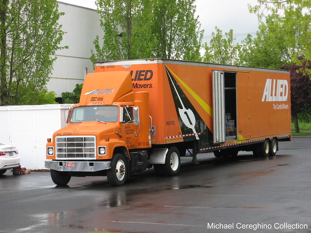 Allied Van Lines International daycab ...