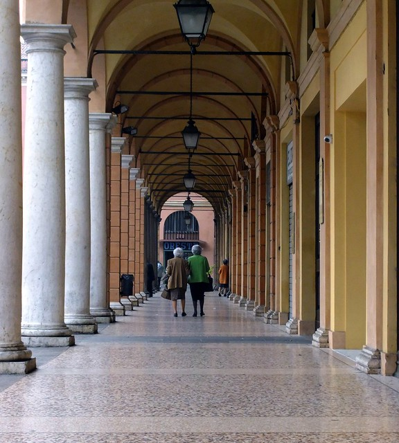 Friends Arches And Columns Modena Italy Flickr