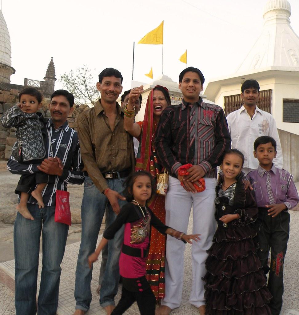 Sonagiri pilgrims | A group of pilgrims in the Sonagiri ...