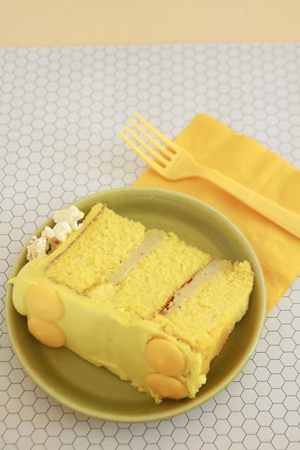 Popcorn Cream Cake