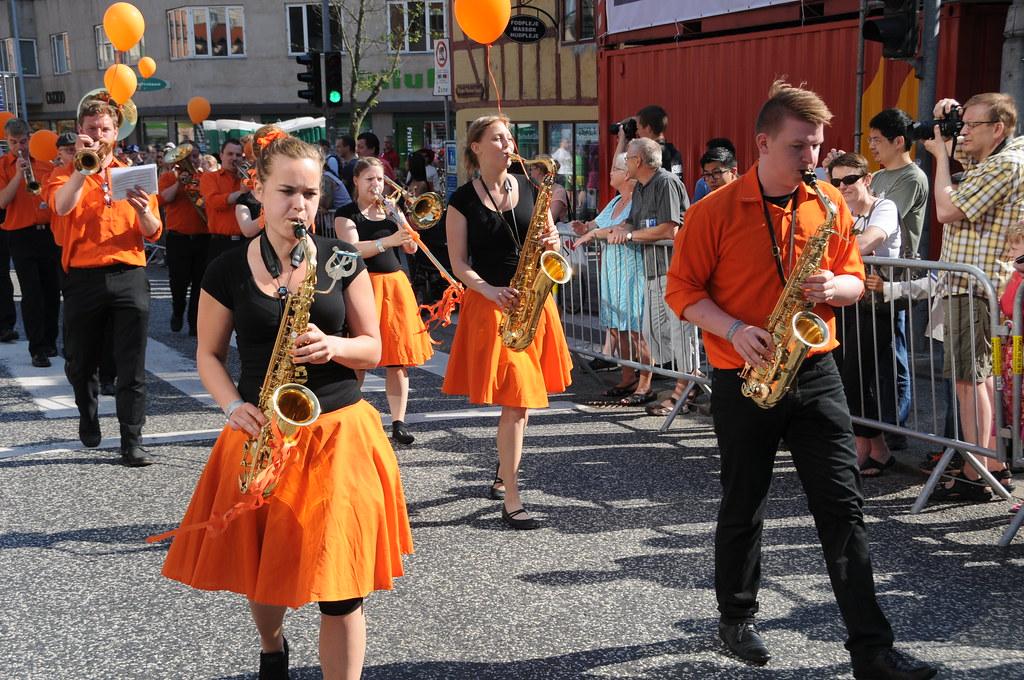 Glade saxofon spillere fra Copenhagen Showband | Aalborg Karneval | Flickr