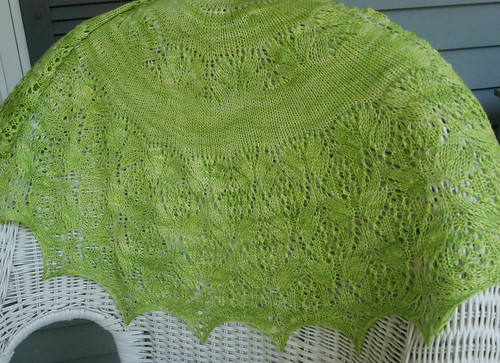 Greenside Up Shawl | by innersparkle