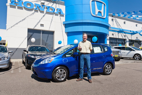 Honda Delivers First Fit EV to California Couple | by Car Fanatics