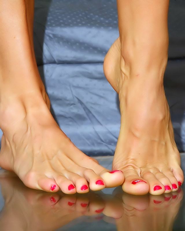 Like your Beautifu naked feet pics
