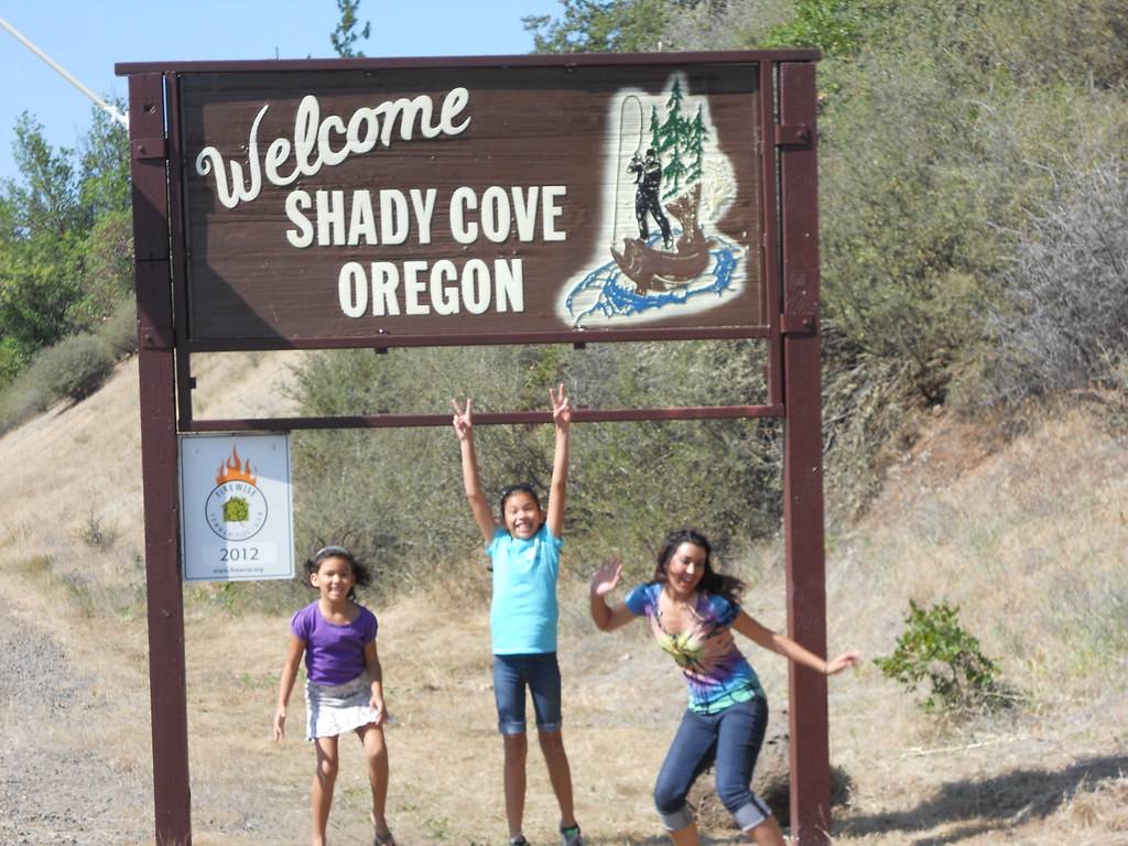 Personals in shady cove oregon Oregon swingers contacts - free sex and dogging in Oregon, USA