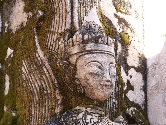 Figura en Kakku (Myanmar)