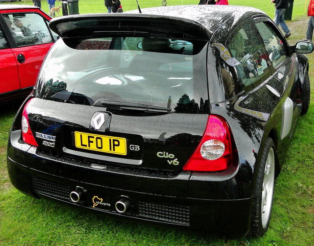 renault clio sport v6 rear view shot of this car seen at t flickr. Black Bedroom Furniture Sets. Home Design Ideas