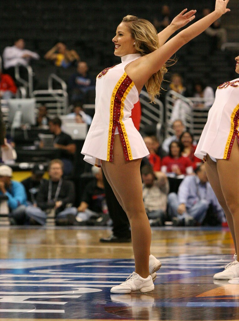 USC Cheerleader | USC Cheerleader at the 2012 NCAA PAC 12 ...