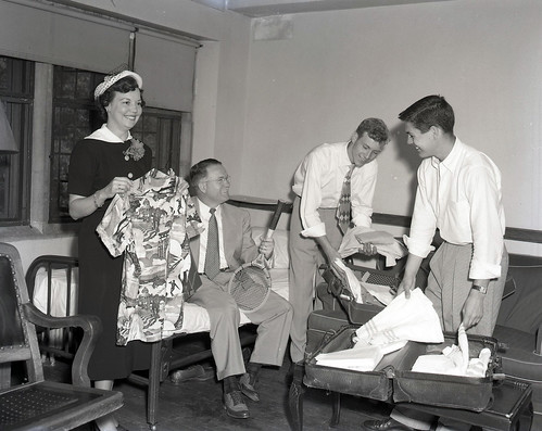 Students Unpacking for Summer School, 1951 | by Duke University Archives