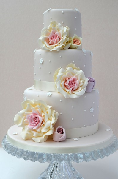 3 Tier Wedding Cake Love This Design Inspired By Cotton