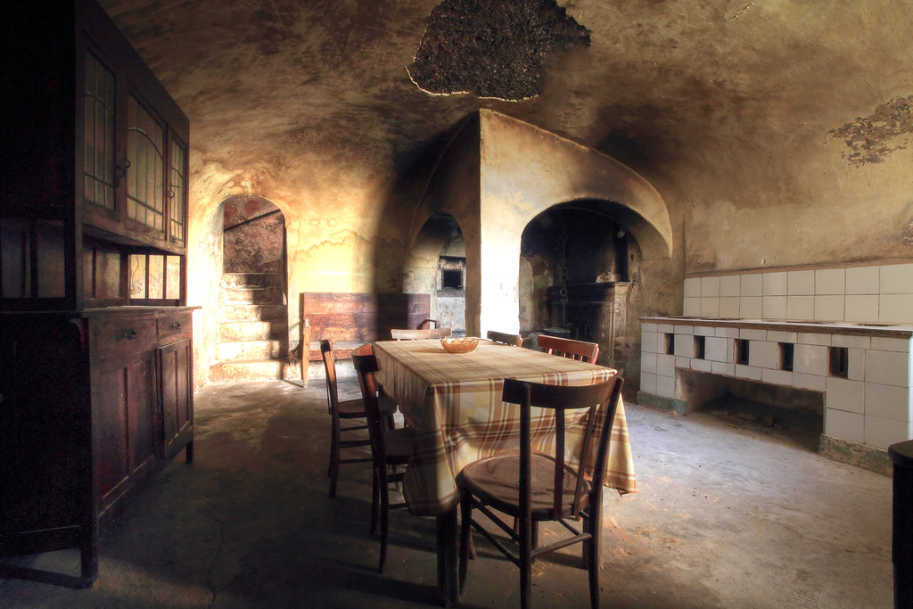 The Old Kitchen (La Vecchia Cucina) | Mario Vani | Flickr